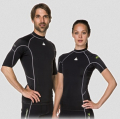 Waterproof R30 Rash Guard - UV Schutz 50+ - Kurzarm Man